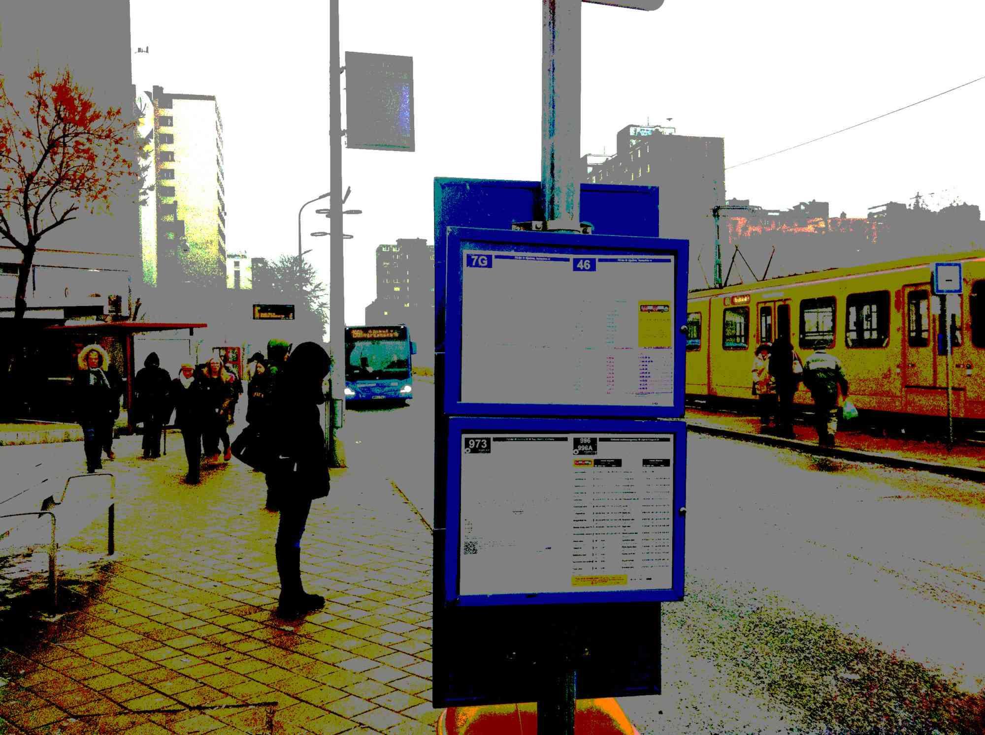 Találkozás a buszmegállóban