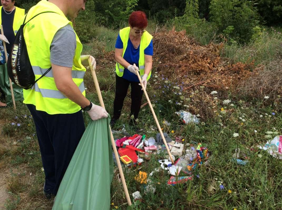 Műanyag zacskók: újabb lépés a tragédia felé