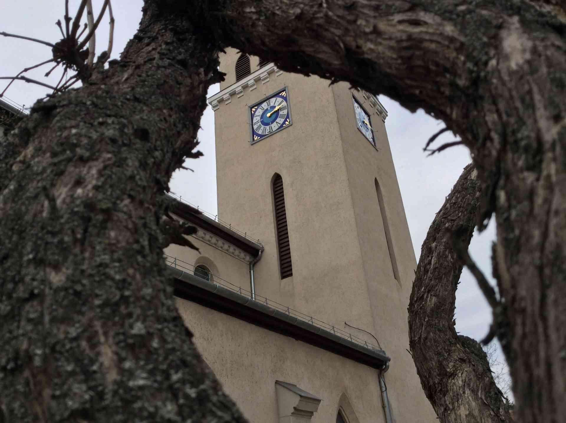 Jár a pestújhelyi templom új toronyórája