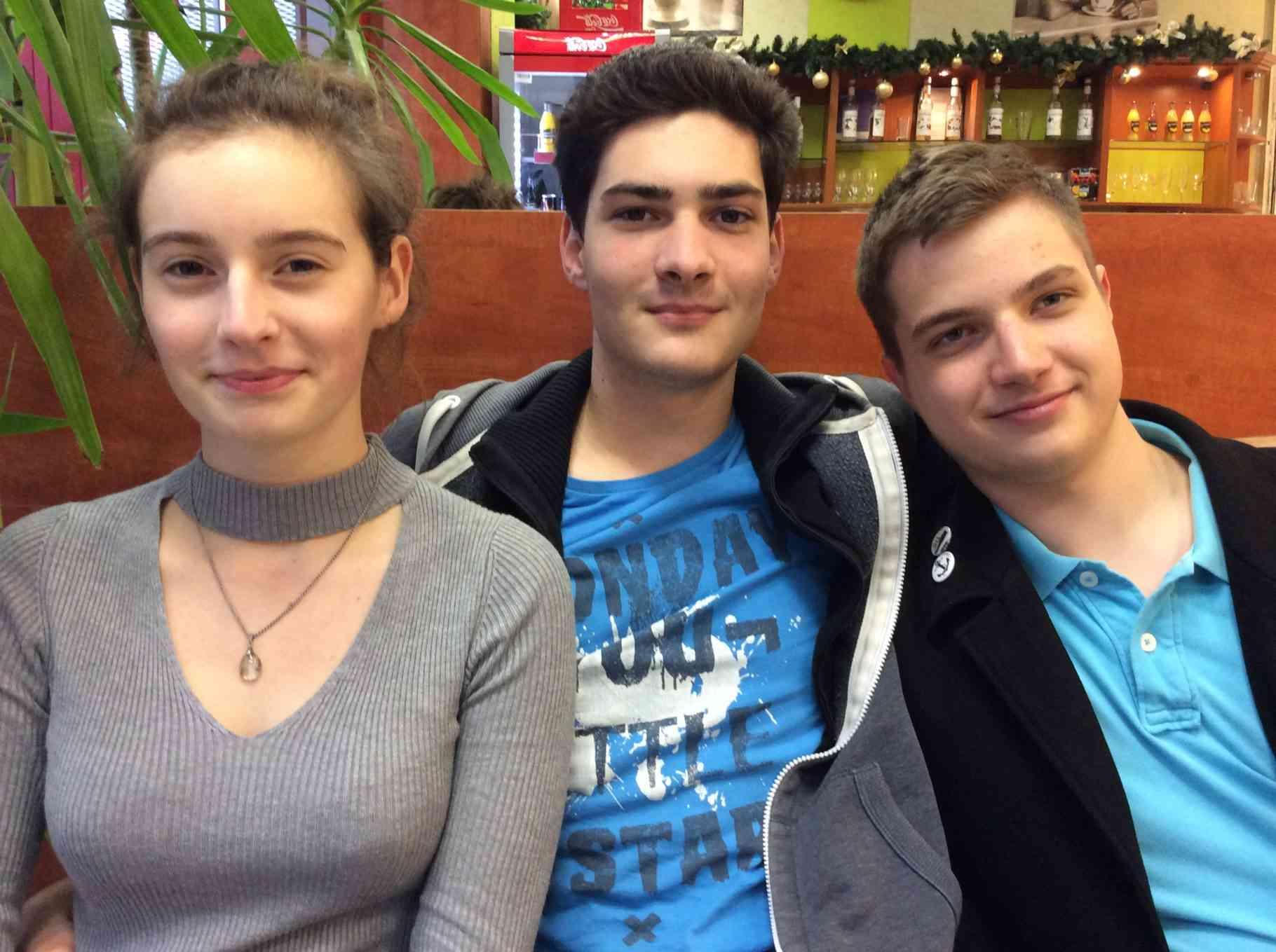 Régi és új diákvezetők a GYIÖK-ben